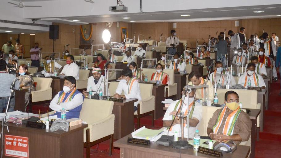 Photo of नेता प्रतिपक्ष के बिना रायपुर निगम सामान्य सभा की हुई बैठक