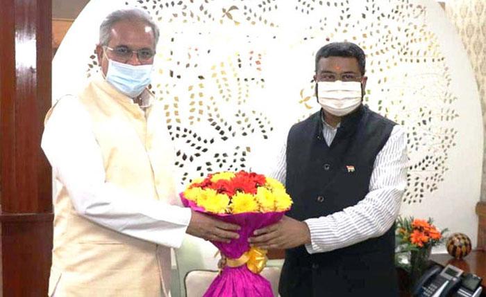 Photo of केंद्रीय मंत्री ने वनांचल क्षेत्रों में मिट्टी के तेल का कोटा बढ़ाने का आग्रह किया स्वीकार