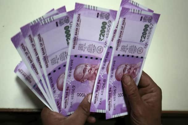 Photo of छतरपुर में पुलिस ने बरामद किए 26 लाख रुपये कैश