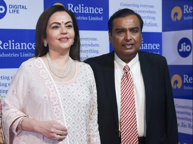 Photo of रिलायंस  (BEV) में 371 करोड़ रुपये निवेश करेगी