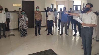 Photo of पुलिस मुख्यालय में आतंकवाद विरोधी दिवस पर दिलायी गई शपथ