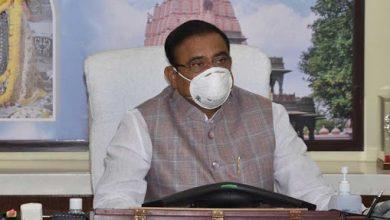 Photo of अटल आश्रय योजना में बनने वाले मकानों की लागत कम करें- मंत्री भूपेन्द्र सिंह