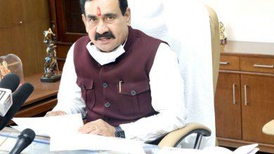 Photo of चिंता न करें बाढ़ पीड़ित, शासन-प्रशासन है आपके साथ – मंत्री डॉ. मिश्रा