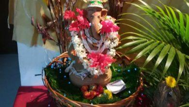Photo of गणेश चतुर्थी पर फूलों से सजाएं पूजा का घर, मन भी खुश 'बप्पा' भी खुश