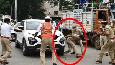 Photo of भारत बंद: प्रदर्शनकारियों ने पुलिस अधिकारी के पैर पर चढ़ाई कार, जख्मी DCP अस्पताल में भर्ती
