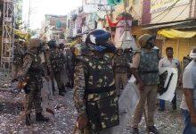 Photo of जबलपुर में पुलिस जवानों पर पथराव,पुलिस पर जलते पटाखे फेंके